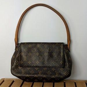 Louis Vuitton Mini Looping Baguette flap over bag